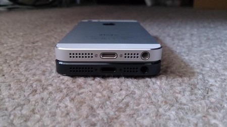iPhone5sとiPhone5